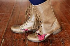 this is kind of really cute.    putting fabric on boots!
