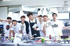 bts cooking :)