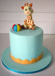 Sophie The Giraffe Cake gingerbread layer cake+cream cheese+vanilla butter cream Jungle Birthday Cakes, Giraffe Birthday Parties, Jungle Theme Cakes, Birthday Ideas, Safari Theme, Carrot Cake Frosting, Giraffe Cakes, Cake Design Inspiration, Baby Shower Giraffe