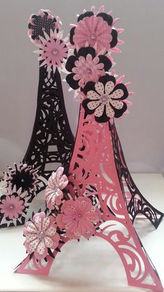 3D Eiffel tower centerpiece statue cake by CreationzByAshley