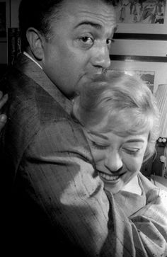 Federico Fellini and Giulietta Masina, Brilliant director and his beautiful wife :) Tim Burton, Hugs, Famous Couples, Poster S, Great Films, Film Director, Cinematography, Filmmaking, Movie Stars