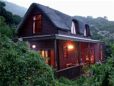 3 Bedroom thatched self catering villa in Noordhoek. #selfcatering #capetownaccommodation