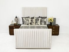 Manhattan Bed with Footboard in Cashmere Velvet