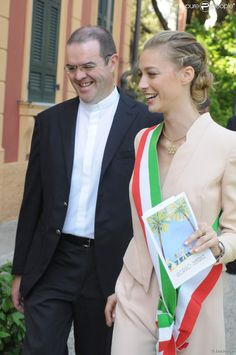 Beatrice Borromeo, compagne de Pierre Casiraghi, avait procuration du maire pour célébrer le mariage de sa meilleure amie Beatrice Gerli et ...