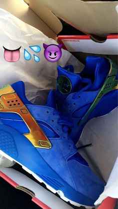 c11b3851f417  PICKUP  Blue Nice Kicks x Nike Huarache