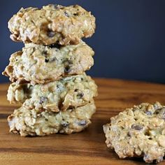 These jsound healthy, so they must be good for you, right? Banana oatmeal chocolate chip cookies by clare0903