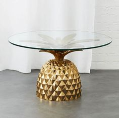 Houseplants That Filter the Air We Breathe Fresh Cut Pineapple Side Table Pineapple Room, Pineapple Delight, Cut Pineapple, Pineapple Kitchen, Pineapple Ideas, Bandeja Perfume, Small Coffee Table, Coffee Tables, Home Decor Furniture