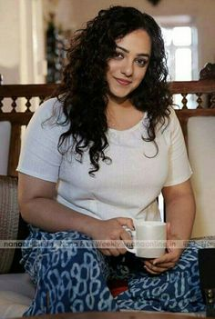 Nithya Menon erotic cleavage queen Bollywood and tollywood with her curvy body show. Hot and sexy Indian actress very sensuous thunder thigh. Beautiful Girl Indian, Beautiful Girl Image, Beautiful Indian Actress, Beautiful Actresses, Beautiful Women, Beauty Full Girl, Beauty Women, Bare Beauty, Indian Girls Images