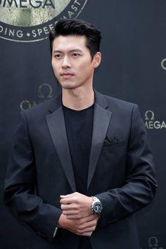 Hyun Bin Pictures and Photos - Getty Images Hyun Bin, Lee Hyun, Korean Male Actors, Asian Actors, Hot Actors, Actors & Actresses, Lee Minh Ho, Lee Min Ho Photos, Cha Seung Won