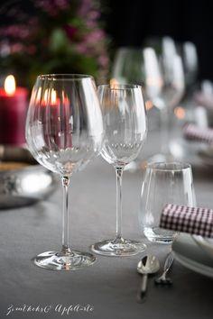 "Mein ""Dinner with friends"" und ein Chocolat Malheur Parmesan Chips, Dinner With Friends, Lava Cakes, Flute, Chocolate, Wine Glass, Champagne, Tableware, Desserts"