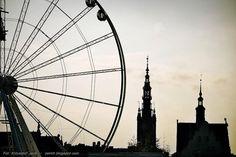 Brand-new wheel from which you can see #Gdansk from above. #wheel #JarmarkDominika #attraction #architecture | photo: Krzysztof Jach