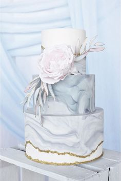 18 Trendy Marble Wedding Cakes ❤ See more: http://www.weddingforward.com/marble-wedding-cakes/ #wedding #marble #cakes