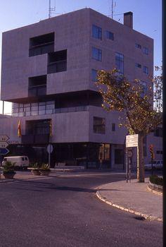 gobierno civil,tarragona, spain - arch. alejandro de la sota - by @gostinho
