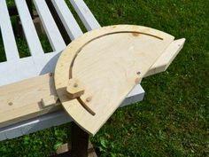 Ah! E se falando em madeira...: Jig para corte em angulos na serra circular manual...
