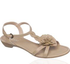 http://www.deichmann.com/GB/en/shop/home-ladies/home-ladies-shoes/00009001152291/Sandal.prod?r=5&c=3&filter_color=4&filter_heel=3&orderby=topseller&st=PRODUCT&filter_cat=home-ladies/home-ladies-shoes