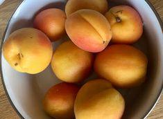 pesleří...: Recepty… oranžová sluníčka léta Mango, Fruit, Food, Manga, Eten, Meals, Diet