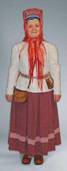 gahpir ja gakti - Skolt Saami hat, scarf, and clothing Folk Costume, Costumes, Feminist Movement, Lappland, Snow Queen, Traditional Dresses, Finland, Russia, Culture