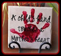 Momma's Fun World: Mother's Day handprint crafts-(1) 6x6 tile -Acrylic Paint (craft paint) (any color) -Paper Plate -Vinyl from VINYLGIFTSANDMORE.COM -Clear spray paint -Tile Stand
