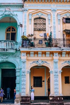 My City Travel Guide: Havana, Cuba — Helena Bradbury Cuba Travel, Solo Travel, Travel Tips, Travel Destinations, Travel Advice, Travel Ideas, Travel Europe, Travel Photos, Cuba Honeymoon