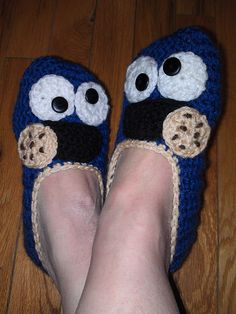 COOKIE MONSTER - Crocheted Slippers.