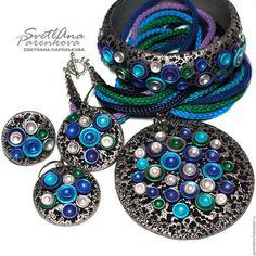 Купить или заказать комплект 'ВЕРбенА' из полимерной глины (229) в интернет-магазине на Ярмарке Мастеров. Замечательный комплект /кулон, кольцо, браслет, серьги/ 'ВЕРбенА' из полимерной глины на каждый день или для особого случая! Восхитительный кулон выразительно дополняют декоративные шнуры бирюзового, голубого, синего, сиреневого, зеленого цвета! Подарите себе и окружающим прекрасное настроение! Стоимость: кулон - 1400 руб. браслет - 1400 руб. кольцо - 200 руб. серьги - 300 руб.