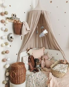 Sweet Vintage Bedroom Ideas to Make Full Happy Childhood Simply take the opportunity to speak with your partner about various tips that you would both enjoy and be comfortable with. Search for simple suggest. Baby Bedroom, Nursery Room, Girls Bedroom, Bedroom Decor, Bedroom Ideas, Bedroom Brown, Dusty Pink Bedroom, Baby Rooms, Baby Playroom