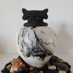 """Thanks for the kind words! ★★★★★ """"More beautiful than pictured. Absolutely perfect for my Black Lab's ashes. Shipped very quickly and arrived 3 days after ordering in perfect condition. The artist messaged me with her condolences minutes after ordering. Class act from Dog Urns, Condolences, Horse Hair, Large Dogs, Lab, Artisan, Ceramics, Shapes, Black And White"""