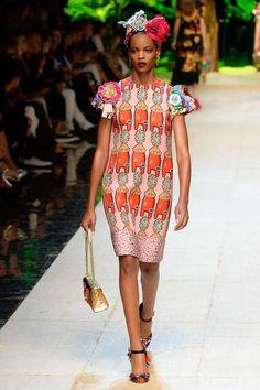 Dolce & Gabbana Spring 2017 Ready-to-Wear Fashion Show - Najiyah Imani
