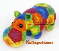 Hey, ho trovato questa fantastica inserzione di Etsy su https://www.etsy.com/it/listing/189311294/knitapotamus-the-knitted-hippo-pattern