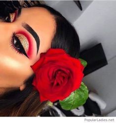 Makeup red eyeshadow make up brows Super Ideas Glam Makeup, Red Eye Makeup, Makeup Eye Looks, Baddie Makeup, Colorful Eye Makeup, Hair Makeup, Makeup Art, Cute Eyeshadow Looks, Makeup Ideas