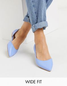 Discover the latest women's flat shoes with ASOS. Our wide selection includes ballet flats, oxfords, brogues, loafers and more. Shop now with ASOS. High Ankle Boots, Strappy Sandals Heels, Strap Heels, Pointed Ballet Flats, Asos, Wide Fit Shoes, Rhinestone Sandals, Party