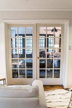 The Best Trick for Painting French Doors - Bless'er House French Doors Patio, Patio Doors, Entry Doors, Sliding Doors, Entryway, Interior Design Elements, Home Interior Design, Interior Ideas, Interior Decorating