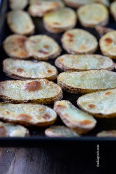 Roasted Potatoes Recipe - Add a Pinch Roasted Potato Recipes, Roasted Potatoes, Side Dish Recipes, Snack Recipes, Side Dishes, Good Food, Yummy Food, Pinch Recipe, Potato Dishes
