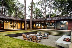 Cedar Creek Residence / Emily Summers Design Associates
