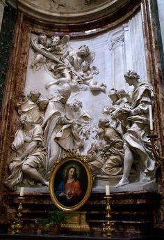 https://flic.kr/p/caomby   Rom, Piazza Navona, Sant'Agnese in Agone, Altar der hl. Cäcilia (altar of St. Cecilia)   An der Stelle der Piazza Navona befand sich das antike Stadion, das 82 - 85  unter Domitian errichtet worden war und das athletischen Übungen und Reiterspielen diente.  Die Kirche Sant'Agnese in Agone, die sich nahtlos an den Palazzo Pamphilj anschließt, wurde Mitte des 17. Jh. von Francesco Borromini erbaut. Sie ist die Gedenkstätte für de Märtyrerin Agnes, die im Stadion des…
