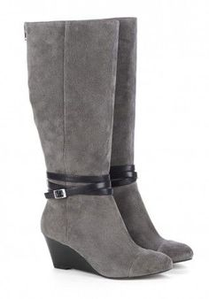 Wedge boots - Nila. Need new grey boots and these are prefect!