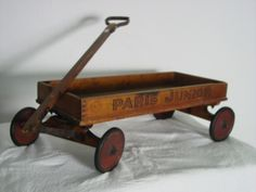Wooden Toy Cars, Wooden Wagon, Wood Toys, Kids Wagon, Toy Wagon, Antique Toys, Vintage Toys, Old Wagons, Pull Toy