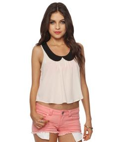 Contrast Peter Pan Top with Pink Shorts from Forever 21
