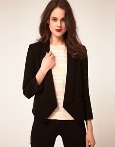Shop Whistles Nelly Crepe Jacket at ASOS. Business Fashion, Business Style, Business Attire, Pretty Outfits, Beautiful Outfits, Beautiful Clothes, Best Blazer, Weather Wear, Couture Sewing