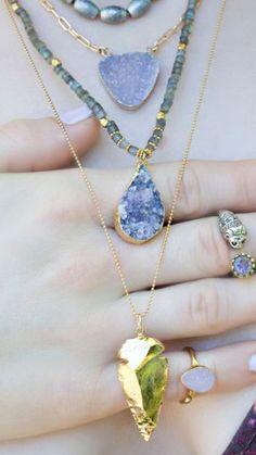 GOLD ARROWHEAD NECKLACE / bohemian jewelry / boho style