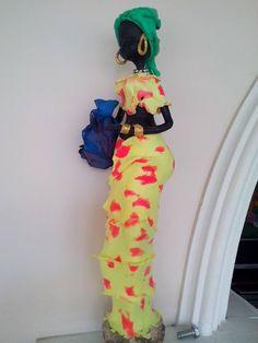 Africana En Porcelana Fria