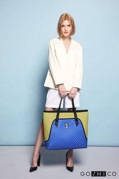 http://goshico.com/en/a-big-shoulder-bag-with-waterproof-material-flowerbag-green-blue-material.html PRICE: 98.04 €