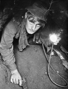 Tunnel rat. 25 June 1966 Phuoc Tuy province, South Vietnam photographer, William Cunneen Reproduced courtesy of the Australian War Memorial