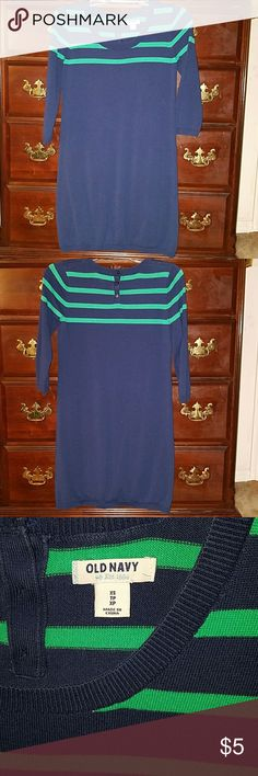 OLD NAVY SWEATER DRESS OLD NAVY, XS, 100% cotton, navy blue and Kelly green, sweater dress. Great condition! Make me an offer! Old Navy Dresses Midi