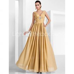 TS Couture® Formal Evening / Military Ball Dress - Elegant Plus Size / Petite A-line / Princess V-neck Floor-length Chiffon withDraping / Crystal   466572 2016 –  $79.99