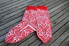 Hjertemønstrede sokker