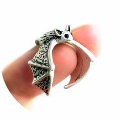 Murcielago Animal, Steampunk Fashion, Gemstone Rings, Cute Outfits, Gemstones, Jewelry, Style, Random, Clothes