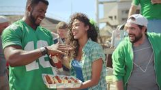 """Heinz Ketchup Big Game Commercial 2014 - """"Hum"""" (+playlist)"""