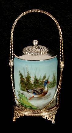 ANTIQUE VICTORIAN ART GLASS BISCUIT BARREL. ENAMEL DUCK : Lot 15