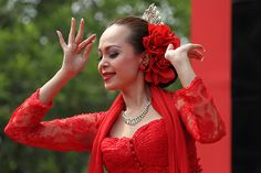 Manuk Dadali dance